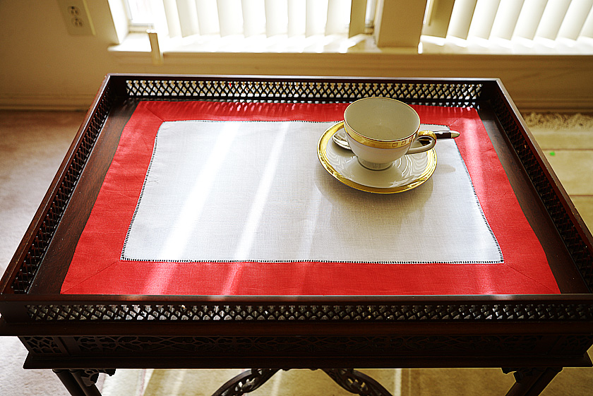 Place Mat red trimming