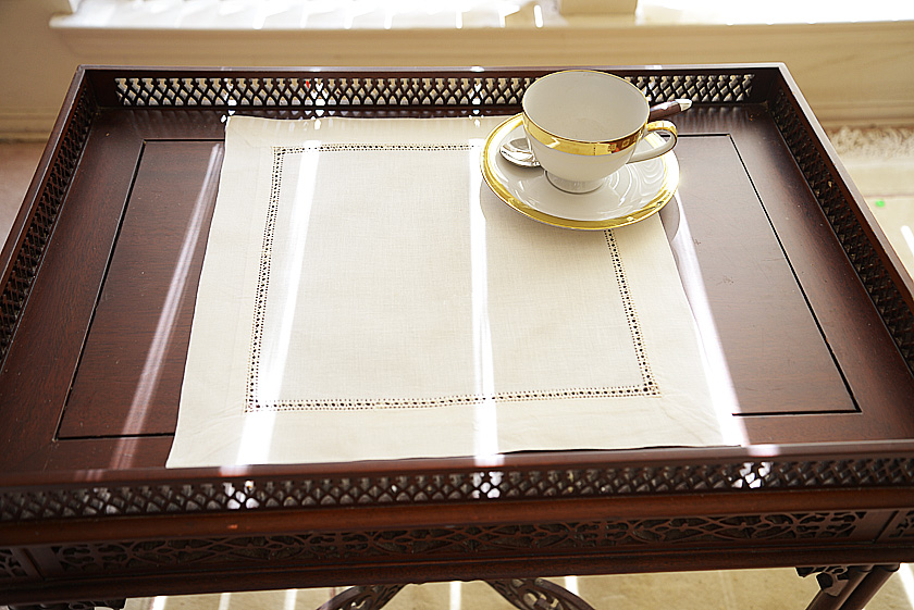 Pearled Ivory Placemat.